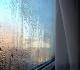Конденсат на окнах: как избежать?