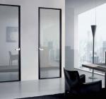 Межкомнатные двери и перегородки из алюминиевого профиля