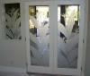 «Замки из песка»: рисунок по стеклу как оформление интерьера
