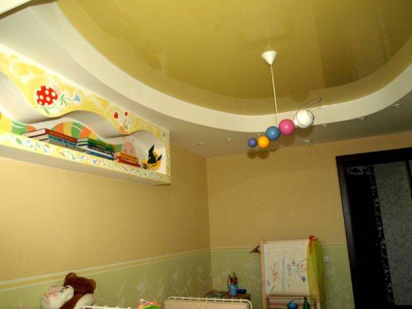 Как выбрать натяжной потолок для детской?
